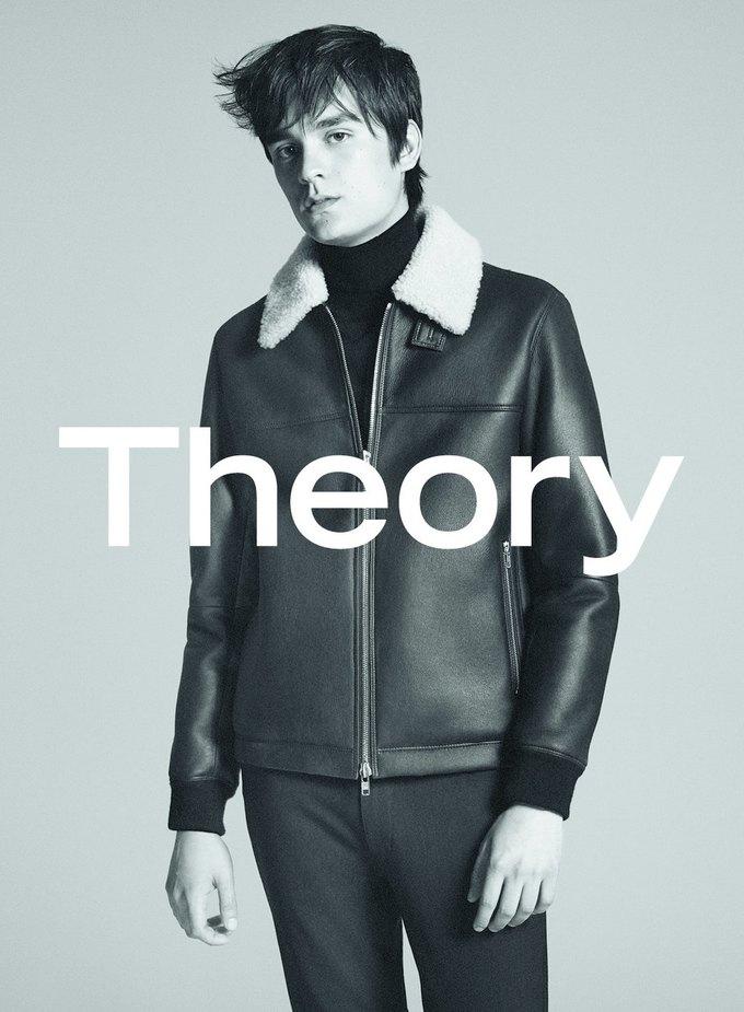Сын Алена Делона стал лицом новой коллекции Theory. Изображение № 7.