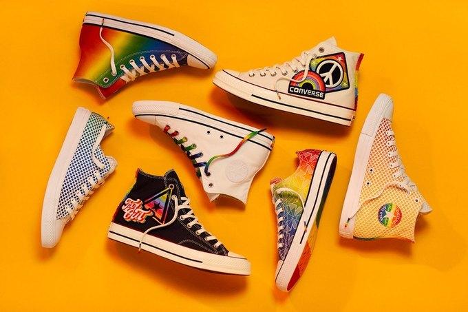 Nike и Converse представили коллекции  в поддержку ЛГБТ. Изображение № 1.