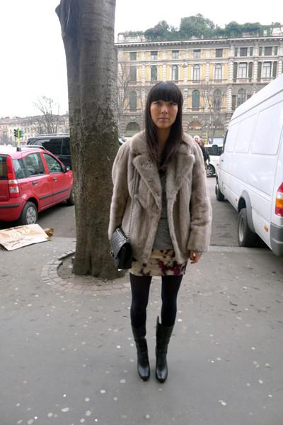 Изображение 1. Milan Fashion Week: день четвертый – луки.. Изображение № 2.