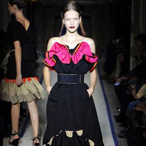 Неделя моды в Лондоне: Показы Issa, Holly Fulton, House of Holland, John Rocha и Moschino. Изображение № 8.