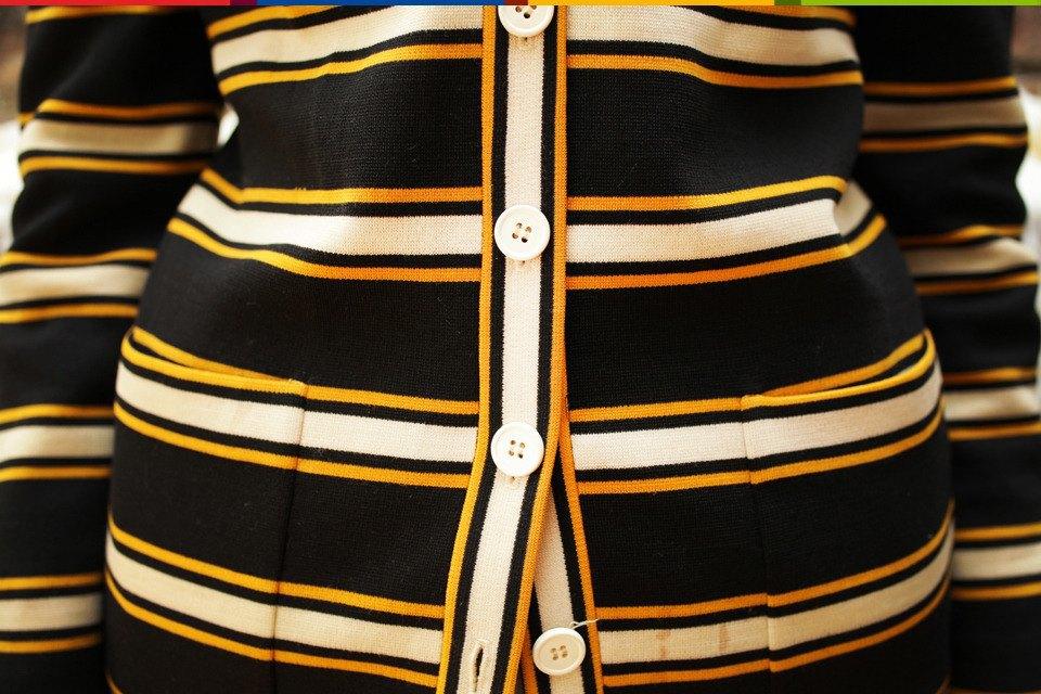 Число Пи: Нью-Йоркский стилист и ее коллекция пиджаков. Изображение № 19.