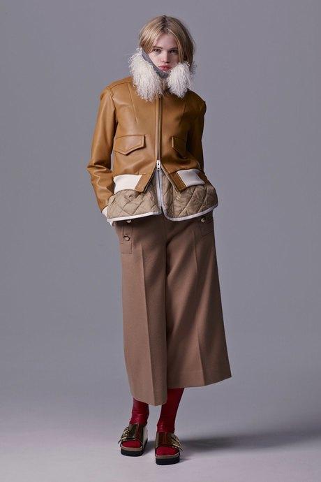Что носить зимой: 10 модных образов для холодной погоды. Изображение № 9.