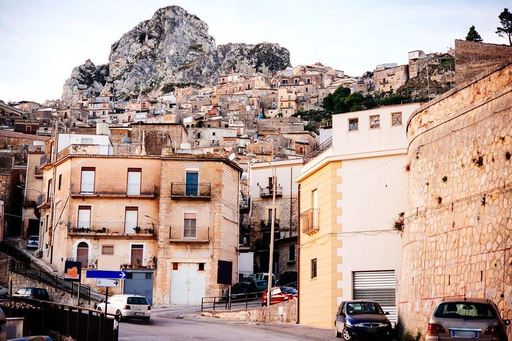Осень в Италии:  Гастротуризм и сбор  олив на Сицилии. Изображение № 21.