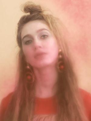 В красном цвете:  Яркие образы для  Нового года и не только. Изображение № 4.