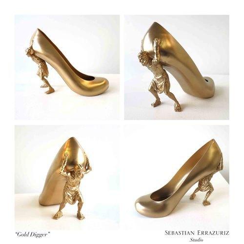 Художник создал серию обуви, вдохновленную экс-подругами. Изображение № 1.