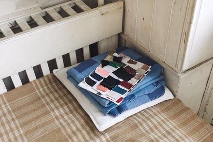 Дизайнер одежды Катя Яэмурд у себя в студии. Изображение № 2.