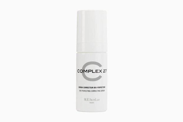 Cosmetics 27 Complex 27 C. Здесь сочетаются восстанавливающая кожу центелла азиатская, которую Мишель Эврар, создательница Cosmetic 27, кладёт во все свои средства, и наш герой витамин С. Изображение № 9.