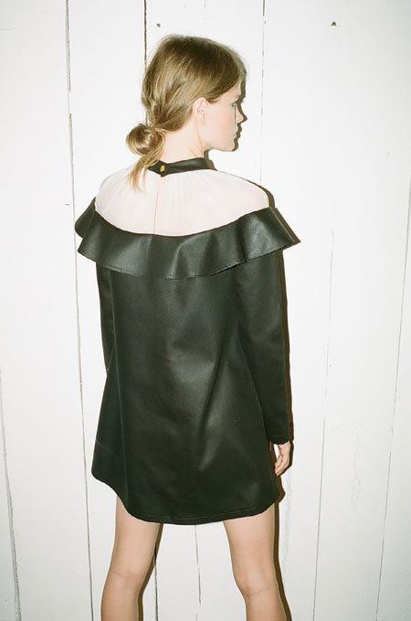 Пижамы, комбинации и халаты в новой коллекции Walk of Shame. Изображение № 42.