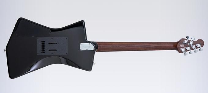 St. Vincent разработала дизайн гитары, удобной  для женской груди. Изображение № 3.