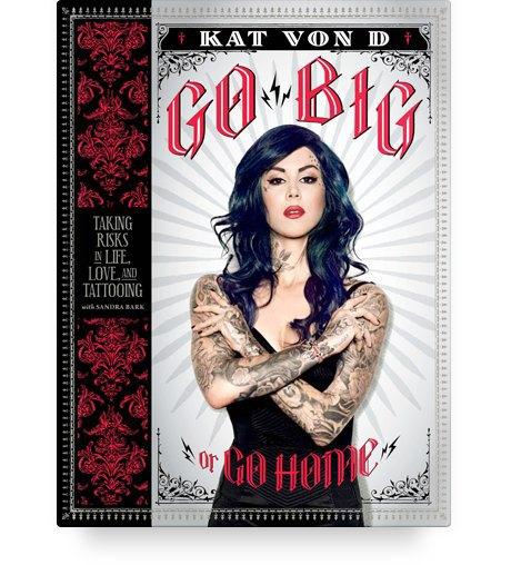10 полезных книг о макияже, татуировках и ароматах. Изображение № 10.