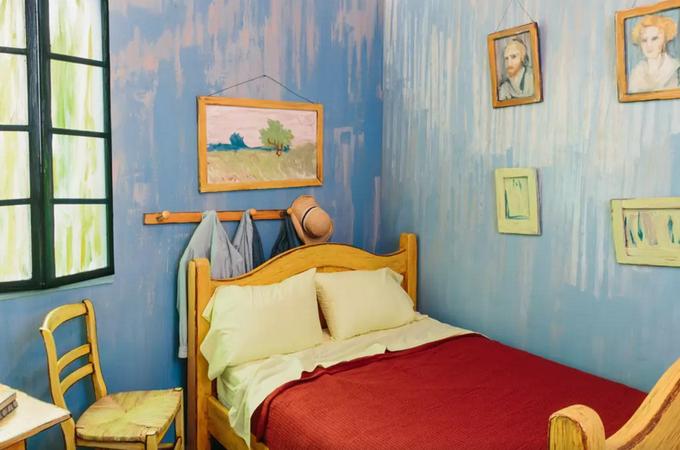 На Airbnb теперь можно арендовать копию комнаты Ван Гога. Изображение № 4.
