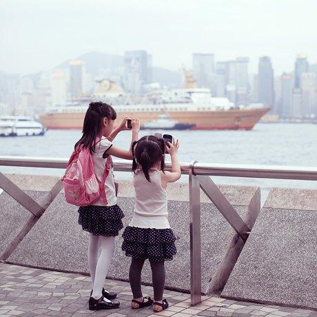 «Self Promenade»: Любители селфи в Гонконге. Изображение № 17.