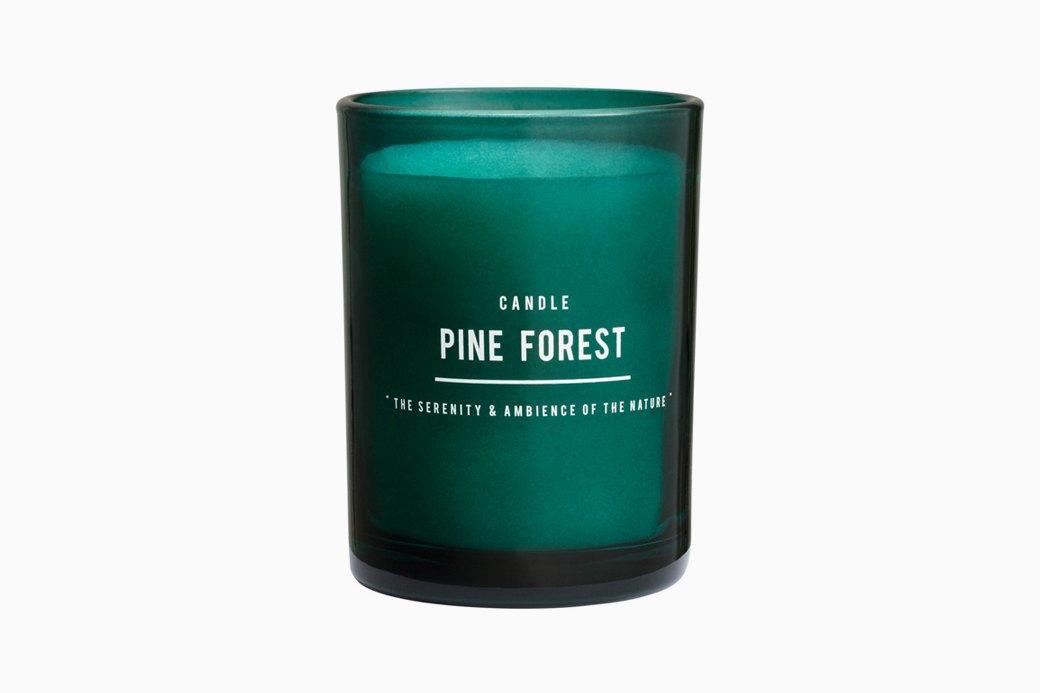 Ароматическая свеча Pine Forest, H&M, 999 руб.. Изображение № 26.