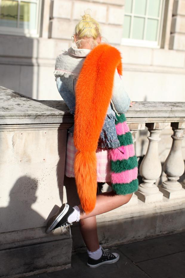 Streetstyle: Неделя моды в Лондоне, часть 1. Изображение № 49.