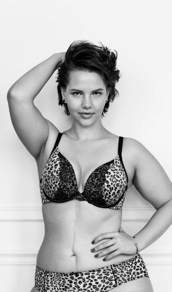#ImNoAngel: группа плюс-сайз-моделей снялась  в рекламе белья. Изображение № 8.