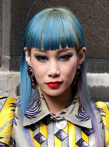 Мадемуазель Юлия, японская певица. Изображение № 4.