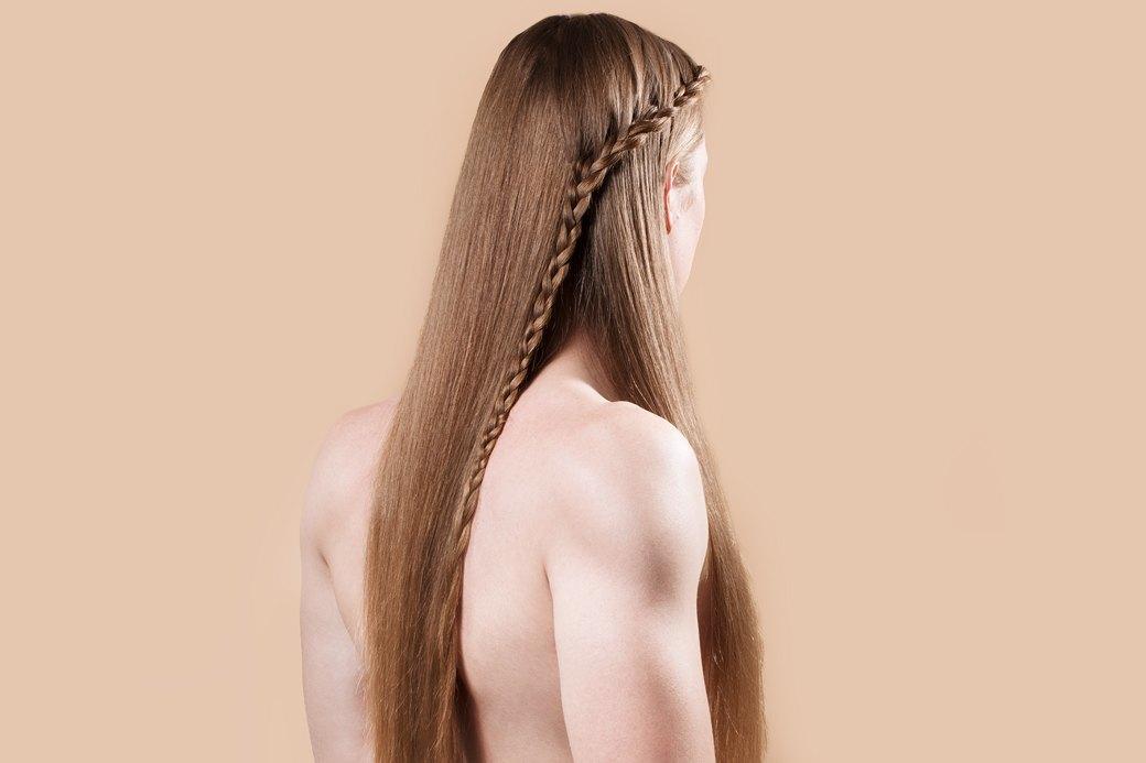 5 причесок под шапку для длинных волос. Изображение № 15.