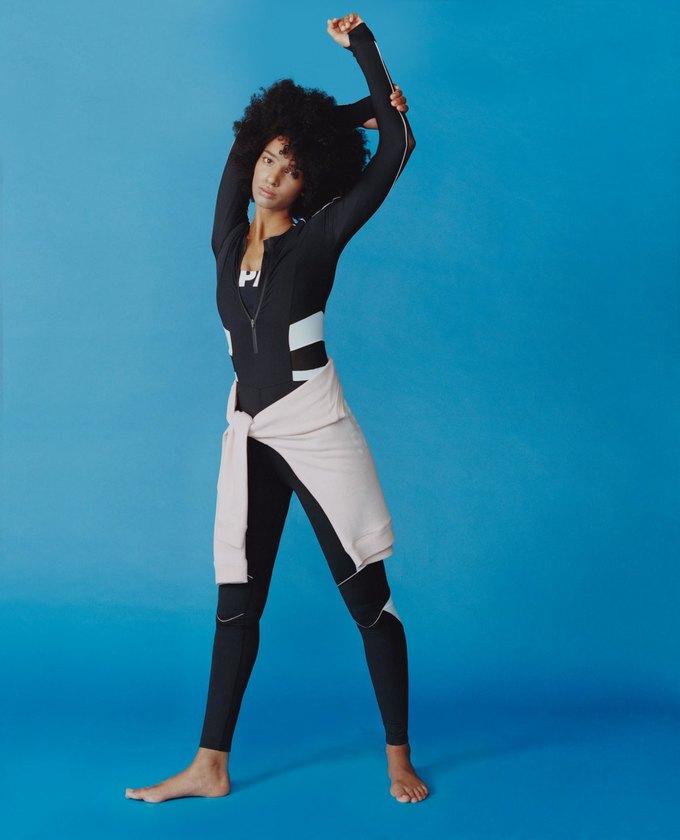 Вышел лукбук спортивного бренда Бейонсе Ivy Park. Изображение № 5.