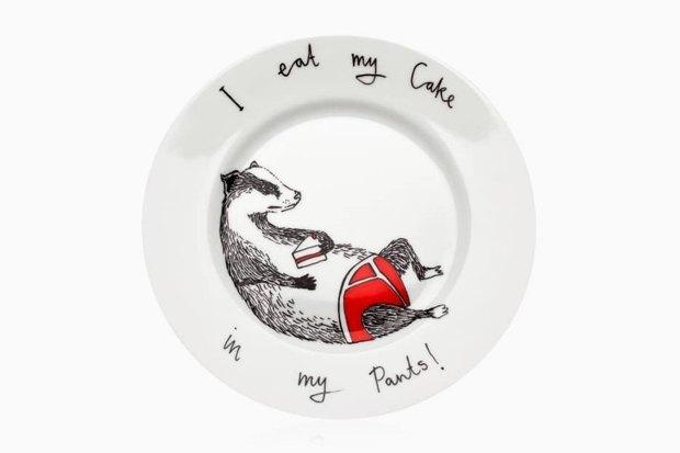 Обаятельная посуда с ироничными зверюгами. Изображение № 4.