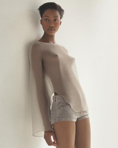 Тёмные силы: 10 чернокожих моделей. Изображение № 82.