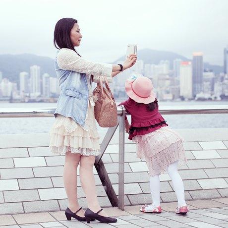 «Self Promenade»: Любители селфи в Гонконге. Изображение № 20.