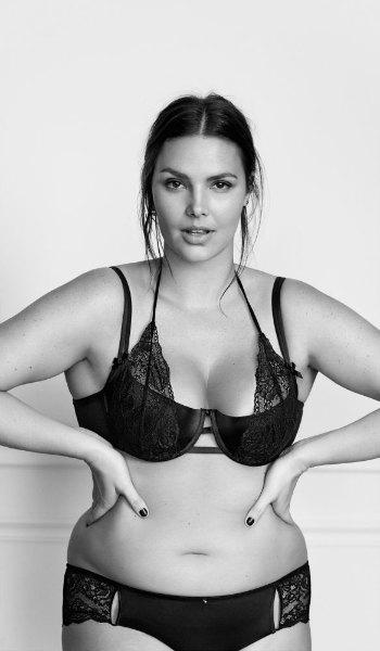 #ImNoAngel: группа плюс-сайз-моделей снялась  в рекламе белья. Изображение № 7.