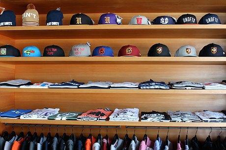 По каким магазинам  ходить в Лос-Анджелесе. Изображение № 11.