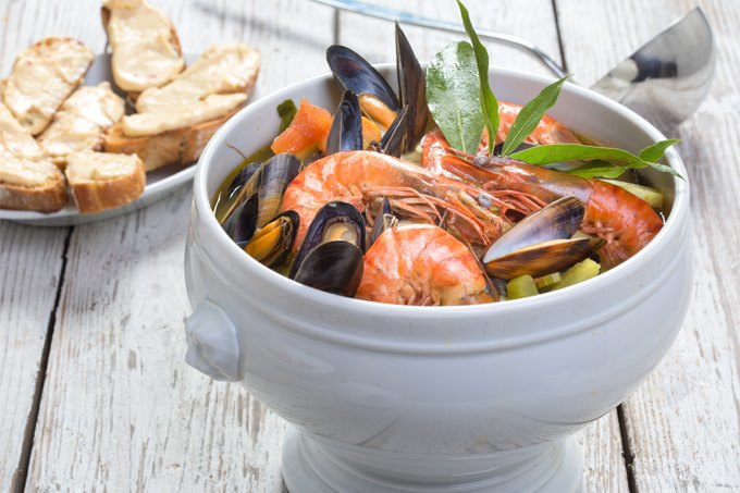 5 рыбных супов из разных стран мира. Изображение № 2.