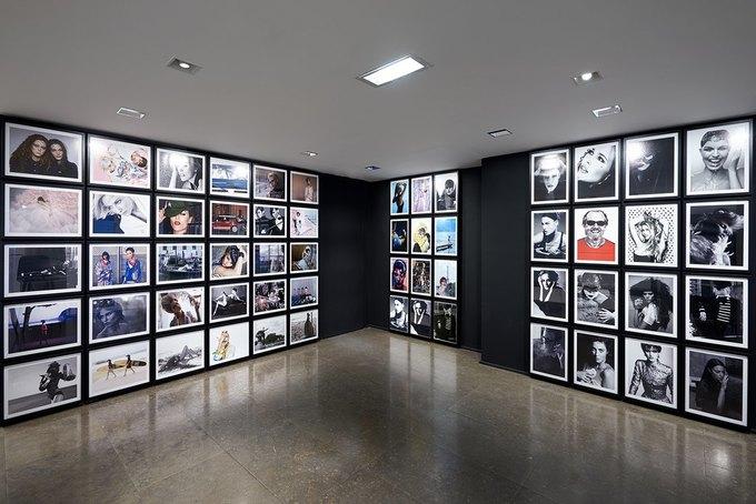 Chanel открыли временное пространство в Colette. Изображение № 11.