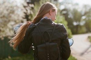 Я и друг мой мотоцикл: Девушки о мотоспорте  и своих байках. Изображение № 22.