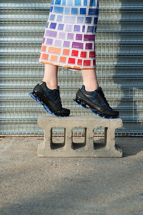 Женщины и кроссовки:  Революция  в маскулинной культуре . Изображение № 9.