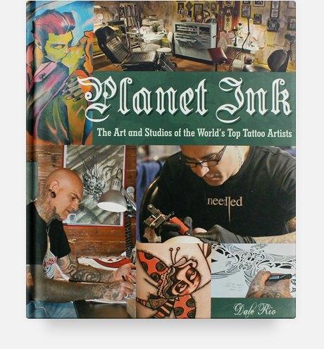 10 полезных книг о макияже, татуировках и ароматах. Изображение № 9.