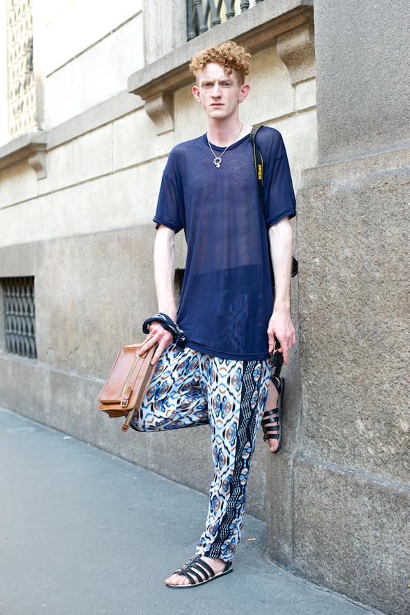 Стрит-стайл: Неделя мужской моды в Милане. Изображение № 21.