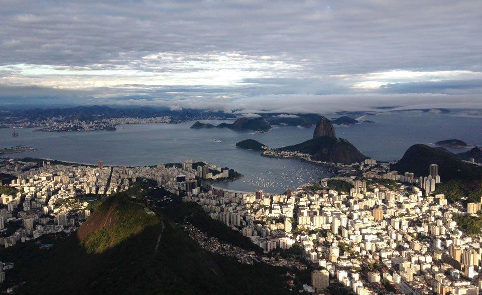 В Рио с друзьями: кашаса, фавелы,  футбол и сериалы. Изображение № 2.