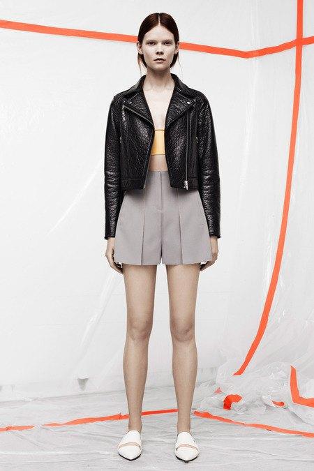 Кожаные толстовки и брюки в коллекции T by Alexander Wang. Изображение № 6.