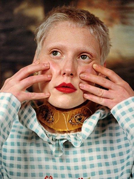 Съёмка Юлдус Бахтиозиной для Naya Rea по мотивам пьесы «Три сестры». Изображение № 14.