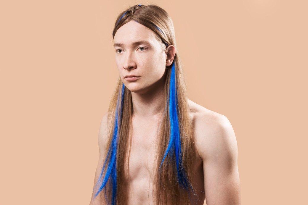 5 причесок под шапку для длинных волос. Изображение № 18.