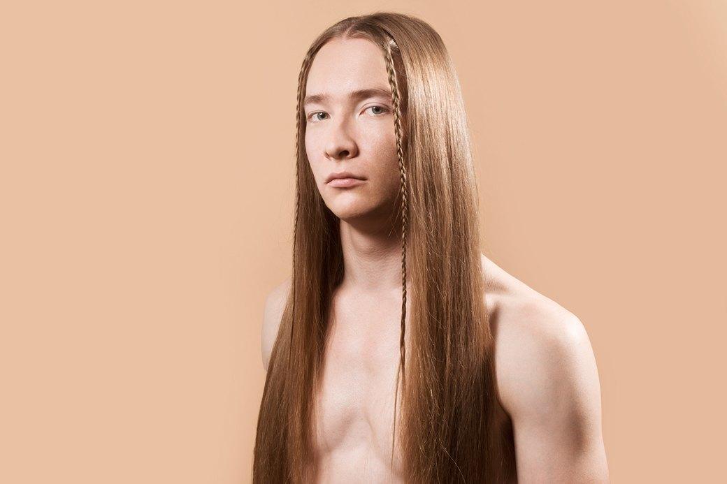 5 причесок под шапку для длинных волос. Изображение № 6.