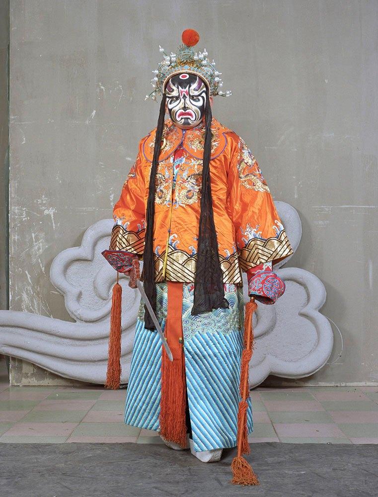 «Opera»: Студенты Пекинской оперы  в традиционных костюмах. Изображение № 9.