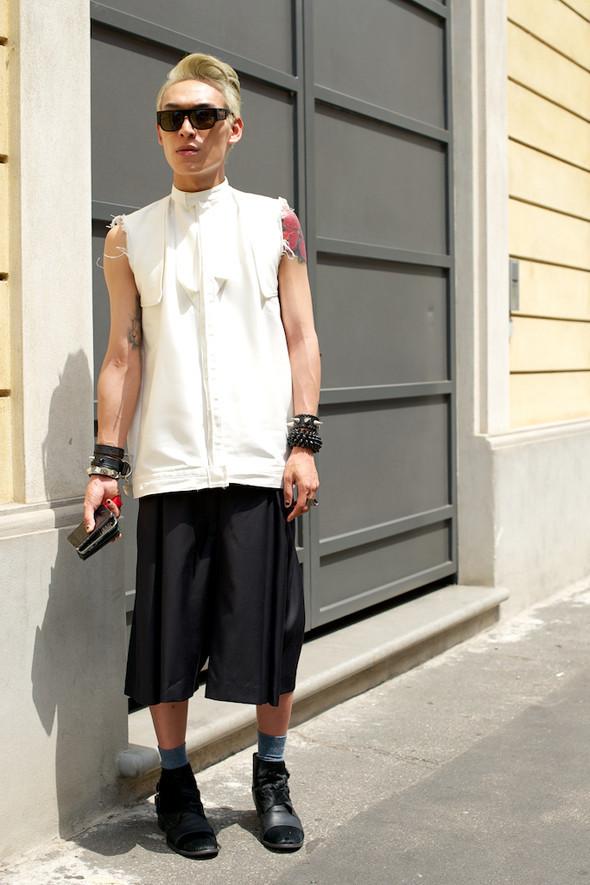 Стрит-стайл: Неделя мужской моды в Милане. Изображение № 23.