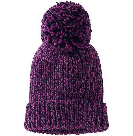 По самые уши: 10 теплых шапок на зиму. Изображение № 5.