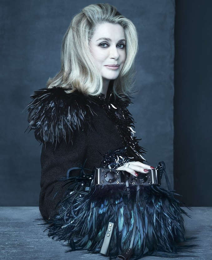 Катрин Денев и София Коппола в рекламной кампании Louis Vuitton. Изображение № 2.