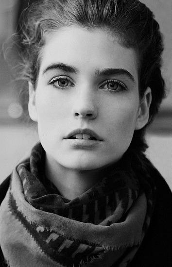 Новые лица: Манон Лелу, модель. Изображение № 13.