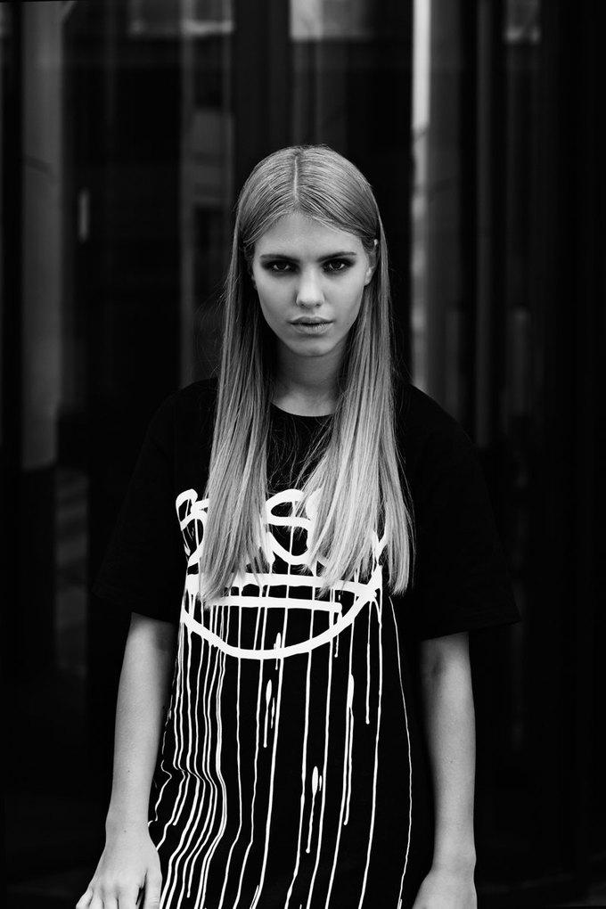 Крейг Костелло создал коллекцию со Stussy, Kixbox и Faces & Laces. Изображение № 16.
