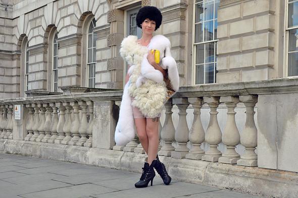 London Fashion Week: Уличный стиль, часть 3. Изображение № 15.