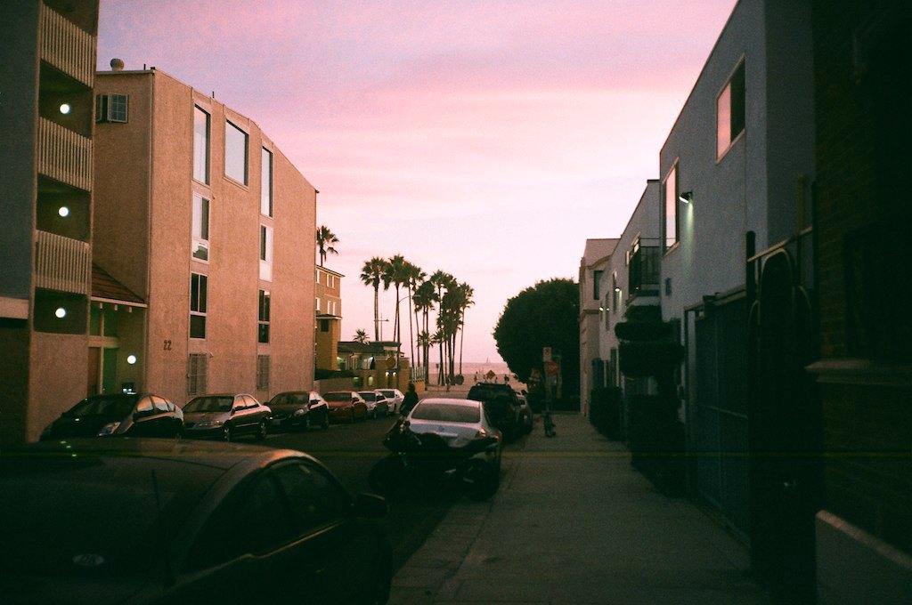 Калифорния на шаг ближе к выходу из США