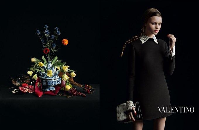 Valentino воссоздала фламандскую живопись для новой кампании. Изображение № 5.