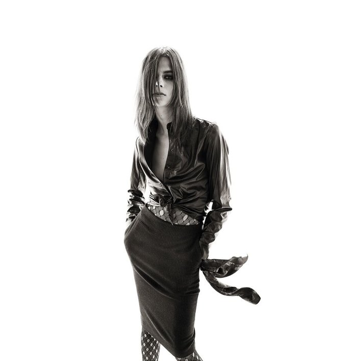 Опубликованы первые снимки коллекции Карин Ройтфельд для Uniqlo. Изображение № 1.