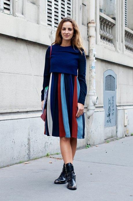 Элегантное платье с грубыми ботинками — выученная всеми формула, которую всегда можно интерпретировать на свой вкус. Изображение № 20.