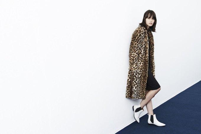 Леопардовые шубы и платья-сорочки в новой коллекции Zara. Изображение № 13.